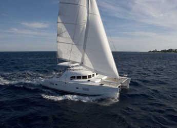 Rent a catamaran in Marina d'Arechi - Lagoon 380 S2