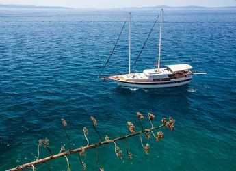 Rent a schooner in Trogir (ACI marina) - Gulet San