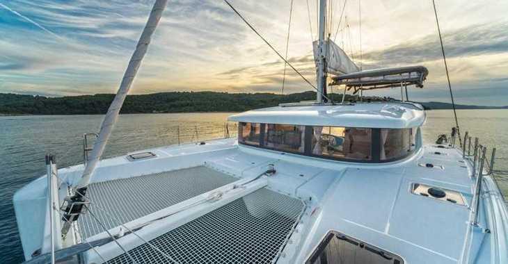 Rent a catamaran in Marina Skiathos  - Lagoon 42_2020