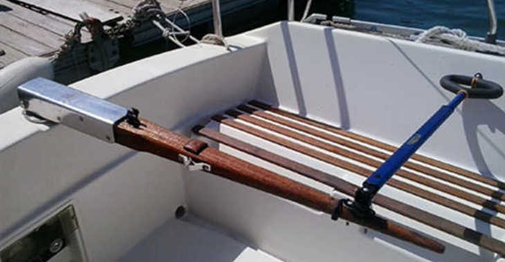 Rent a sailboat Bénéteau FIRST 28.5 in Club Nautico de Altea , Altea