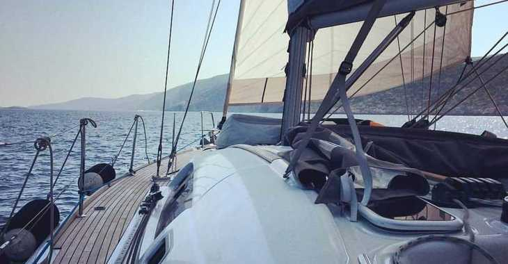 Rent a sailboat in Marina Skiathos  - Oceanis 46_2011
