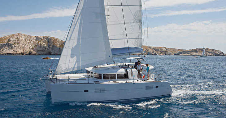 Alquilar catamarán en Baie Ste Anne - Lagoon 400
