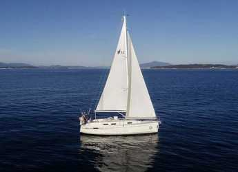 Rent a sailboat in Pontevedra - Bavaria 32 Cruiser
