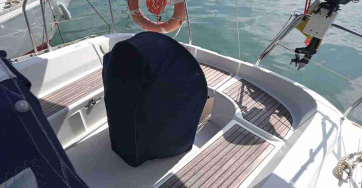 Rent a sailboat in Marina el Portet de Denia - Oceanis 31