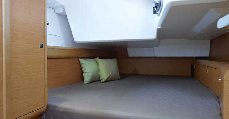 Alquilar velero Sun Odyssey 519 en Ajaccio, Corcega