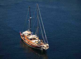 Rent a schooner in Matejuska port - Gulet Pacha