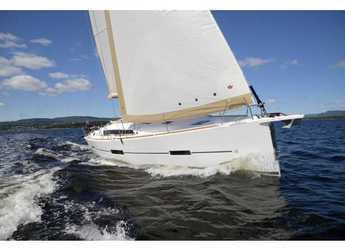Rent a sailboat in SCT Marina Trogir - Dufour 412