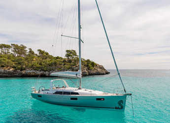 Rent a sailboat in Lefkas Nidri - Oceanis 41.1