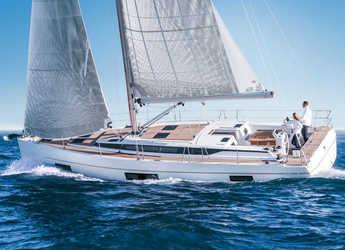 Rent a sailboat in Lefkas Nidri - Bavaria C45