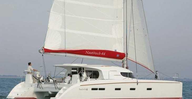 Alquilar catamarán Nautitech 44 en Ajaccio, Corcega