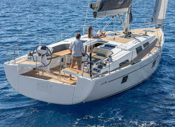 Rent a sailboat in Paros - Hanse 508