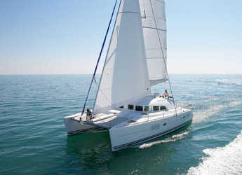 Rent a catamaran in Marsala Marina - Lagoon 380 (4Cab)