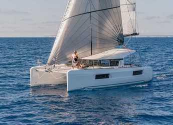 Rent a catamaran in Cala dei Sardi - Lagoon 40 (4 cabs)