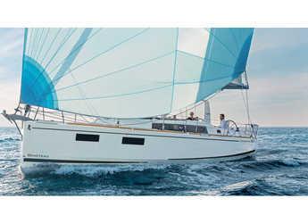 Rent a sailboat in Marina di Cannigione - Oceanis 38 (3Cab)