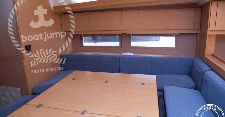Rent a sailboat in Muelle de la lonja - Dufour 500 GL