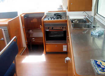 Chartern Sie katamaran in Marina di Portorosa - Lagoon 440 (4Cab)
