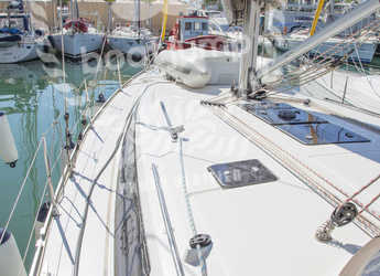 Rent a sailboat in Marina Port de Mallorca - Bavaria 46 cruiser