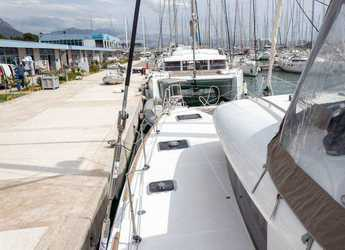 Rent a catamaran in Marina Kastela - Lagoon 400 S2 - 4 + 2 cab.