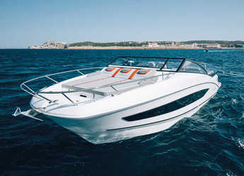 Rent a motorboat in Port Olimpic de Barcelona - Beneteau Flyer 10