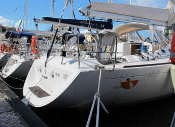 Rent a sailboat in Caorle  - First 40.7