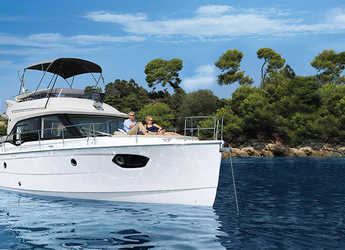 Rent a yacht in Veruda - Bavaria E40 Fly