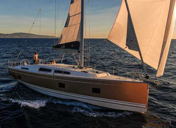 Rent a sailboat in Port Lavrion - Hanse 418 - 3 cab.