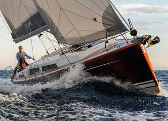 Rent a sailboat in Marina Kornati - Hanse 388