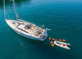Chartern Sie segelboot in Marina Lav - Jeanneau 53 - 3 + 1 cab.