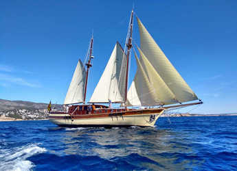 Rent a schooner in Naviera Balear - Gulet- Dirdam