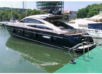 Rent a motorboat in Club de Mar - Princess V70