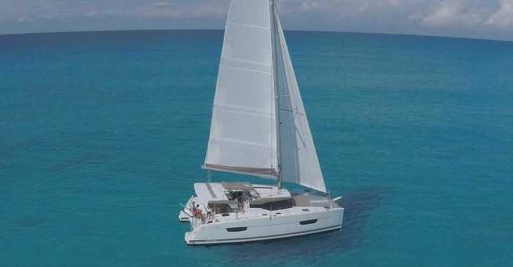Rent a catamaran in Marina Le Marin - Lucia 40