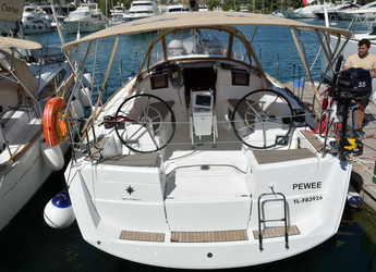 Rent a sailboat in Marina Port Pin Rolland - Sun Odyssey 389