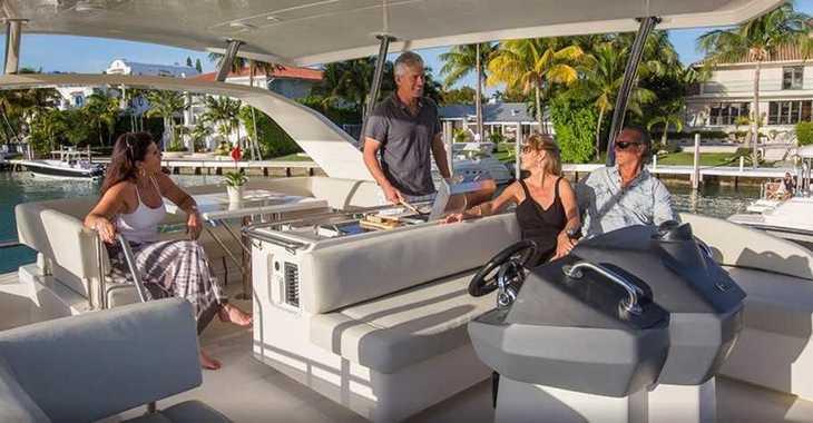 Rent a catamaran in Palm Cay Marina - AQUILA 44