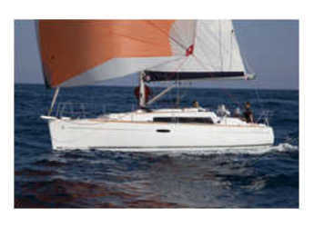 Rent a sailboat in Le port de la Trinité-sur-Mer - Oceanis 311