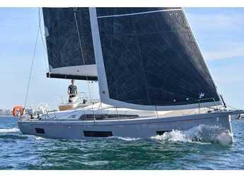 Rent a sailboat in Cala dei Sardi - Oceanis 46.1 (5 cab)