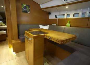 Rent a sailboat in Kalkara Marina - Sun Odyssey 439