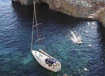 Rent a sailboat in Kalkara Marina - Cyclades 43.4