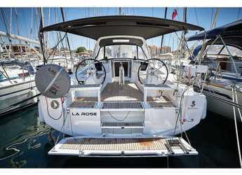 Rent a sailboat in Marina Kornati - Oceanis 38.1