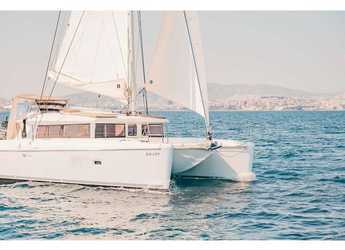 Rent a catamaran in Port Lavrion - Lagoon 421