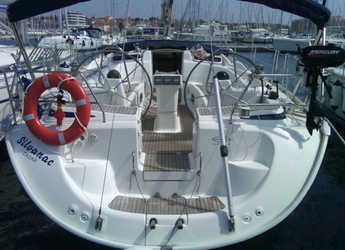 Rent a sailboat in Baska Voda - Bavaria 46 C