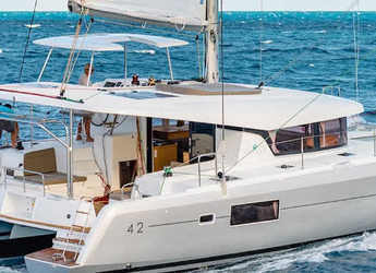 Rent a catamaran in Nanny Cay - Lagoon 42