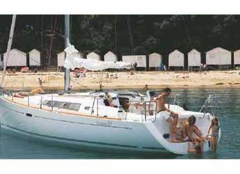 Rent a sailboat in Elba / Portoferraio - Oceanis 37 (3Cab)