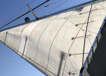 Rent a catamaran in Marina Greenwich - Filca 37