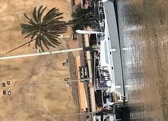 Rent a catamaran in Marina Greenwich - Filca 37