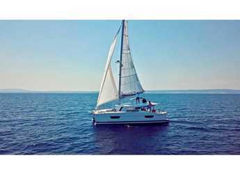 Rent a catamaran in Marina San Miguel - Lucia 40
