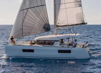 Rent a catamaran in Marina San Miguel - Lagoon 40
