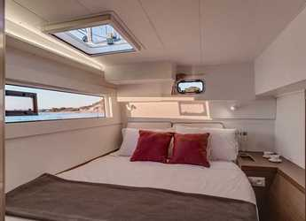 Rent a catamaran in Compass Point Marina - Lagoon 40