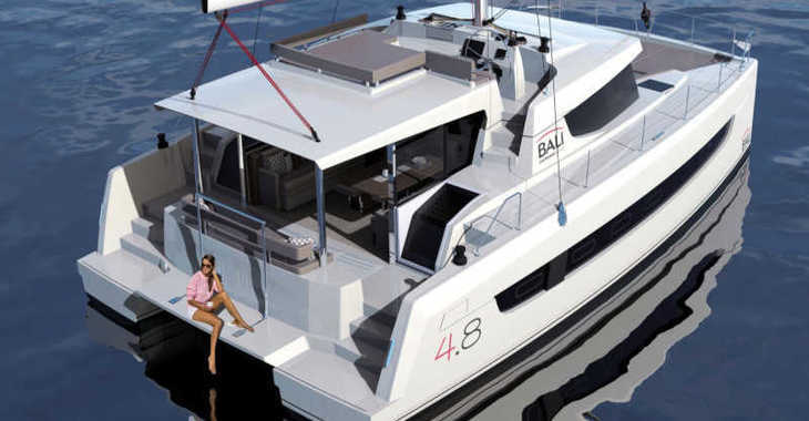 Rent a catamaran in Club Nàutic Estartit - Bali 4.8