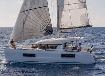 Rent a catamaran in Marina Rubicon - Lagoon 40