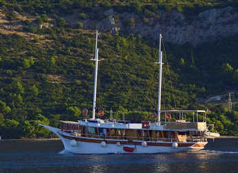 Rent a schooner in Matejuska port - Gulet
